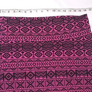 LuLaRoe Skirts - Lula roe large  skirt excellent shape 26 in long